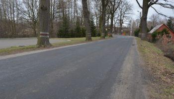 DW 357 w Sulikowie, wzdłuż której miał powstać chodnik / fot. UG Sulików