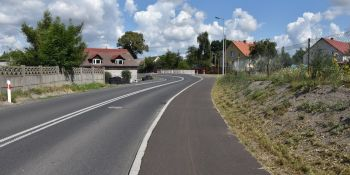 Zakończyła się budowa chodnika w Jędrzychowicach - zdjęcie nr 7