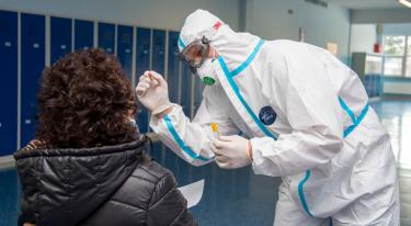 Nauczyciele w Bogatyni testowani na obecność SARS-CoV-2 - zdjęcie nr 5