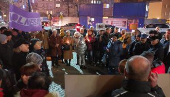 Manifestacja w obronie niezawisłości sędziów i niezależności sądów. Zgorzelec, 18 grudnia 2019