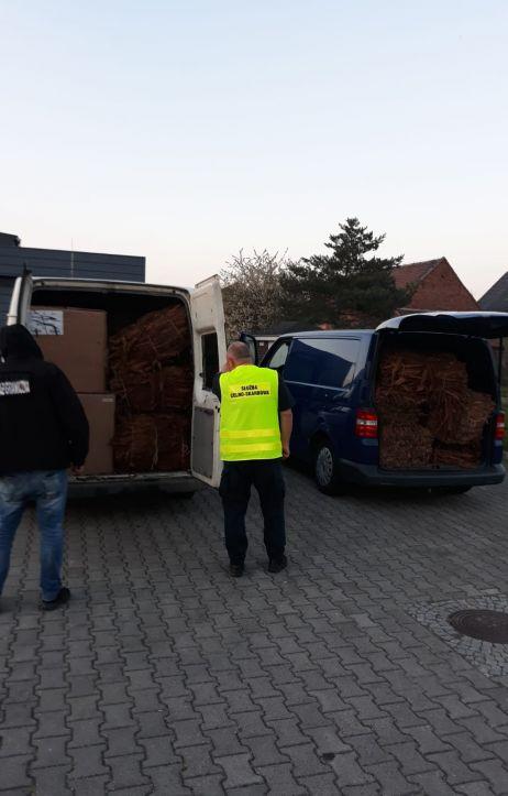 Pogranicznicy przechwycili 1,5 tony suszu tytoniowego