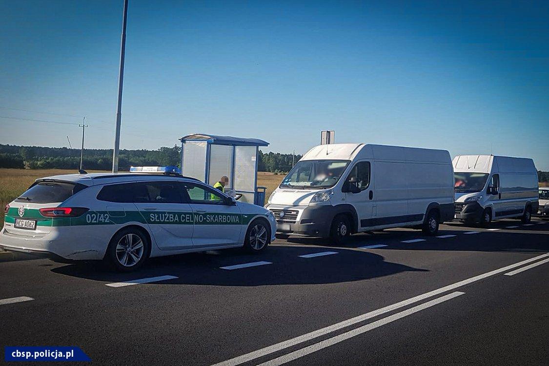 Polskie i niemieckie służby rozbiły gang akcyzowy / fot. CBŚP