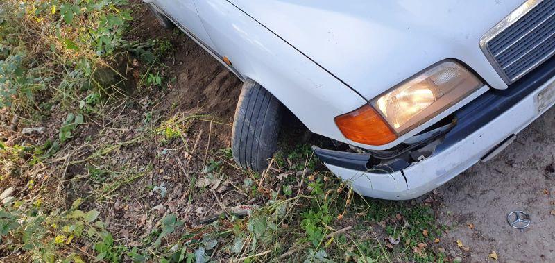 Uszkodzone koło pojazdu / fot. KPP Zgorzelec